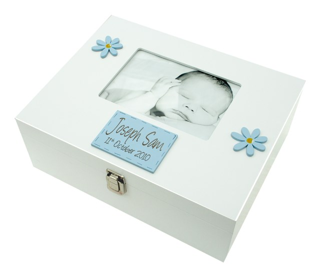 LARGE MEMORY BOX BOY WITH 7X5 PHOTO FRAME BF02