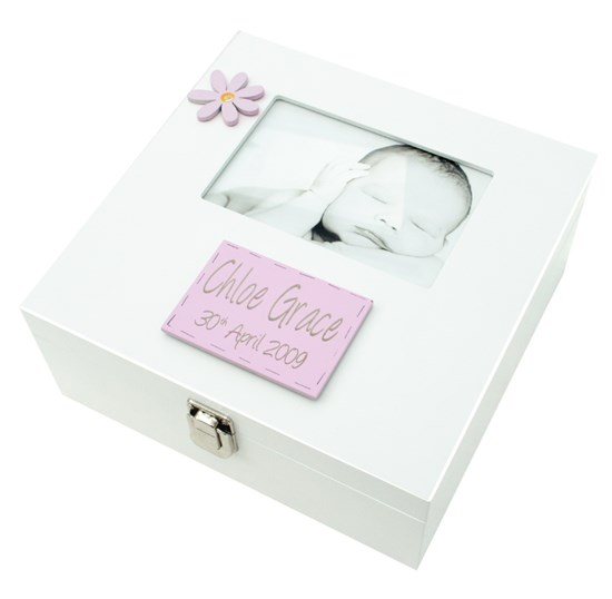 MEMORY BOX GIRL WITH 6X4 PHOTO FRAME BF01
