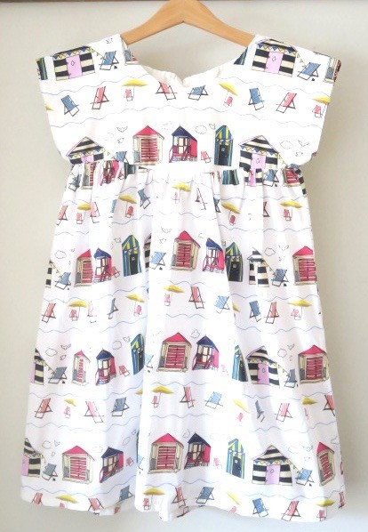 BEACH HUTS DRESS 6-7 & 8-9