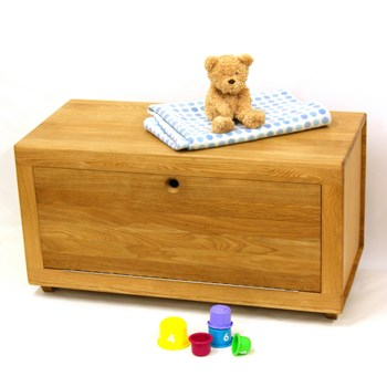 Hand Made Oak Toy Box / Storage Bench by MijMoj
