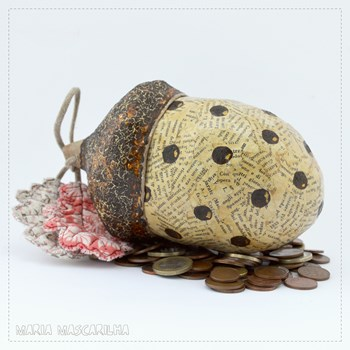 Acorn Money Bank - brown dots