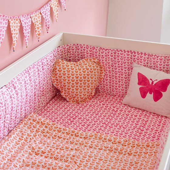 Butterfly cot bed fitted sheet